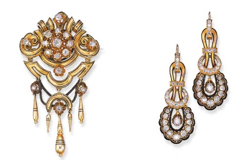 A SET OF ANTIQUE DIAMOND AND ENAMEL JEWELRY
