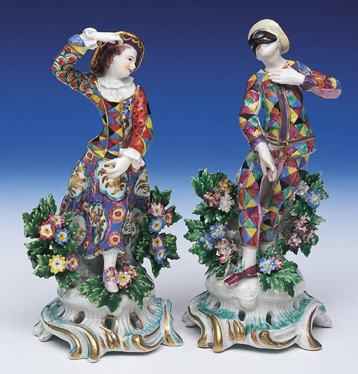 A PAIR OF BOW FIGURES OF HARLE