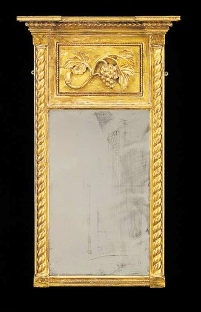 A CLASSICAL GILTWOOD LOOKING G