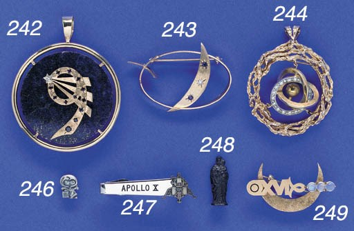 FLOWN Apollo-Soyuz Jewelry. A