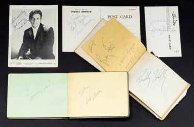AUTOGRAPH BOOKS FILLED WITH EA