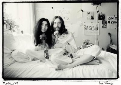 JOHN LENNON AND YOKO ONO PHOTO