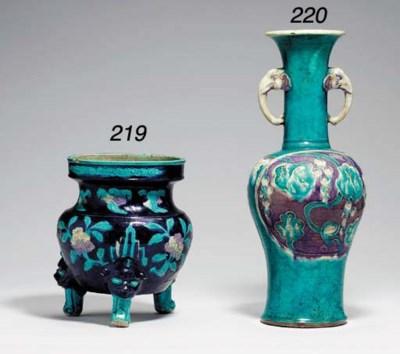 A Fahua Baluster Vase