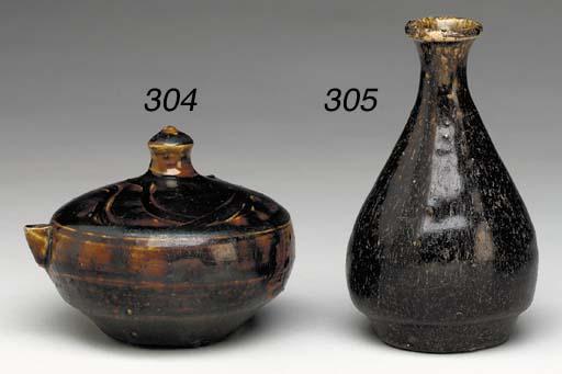 A Brown-Glazed Water Dropper