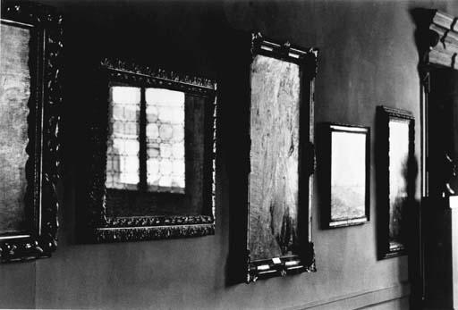 ELLIOTT ERWITT (BORN 1928)