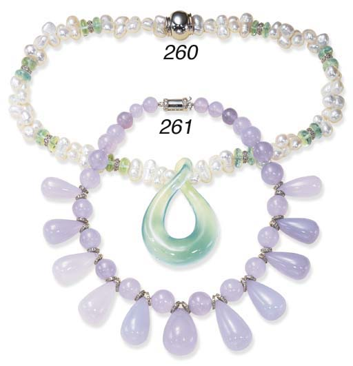 A CHALCEDONY AND DIAMOND NECKL