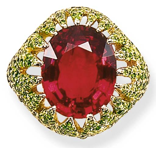 A SPINEL AND GARNET RING