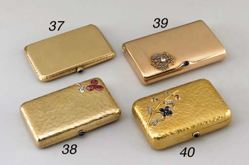 A JEWELLED GOLD GIGARETTE-CASE
