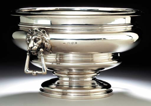 A GEORGE V SILVER PUNCH BOWL