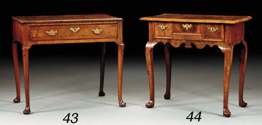 A GEORGE I WALNUT SIDE TABLE