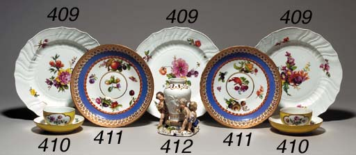 TWO MEISSEN BLUE AND SALMON-GR