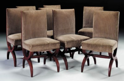 A SET OF EIGHT LACQUERED WOOD