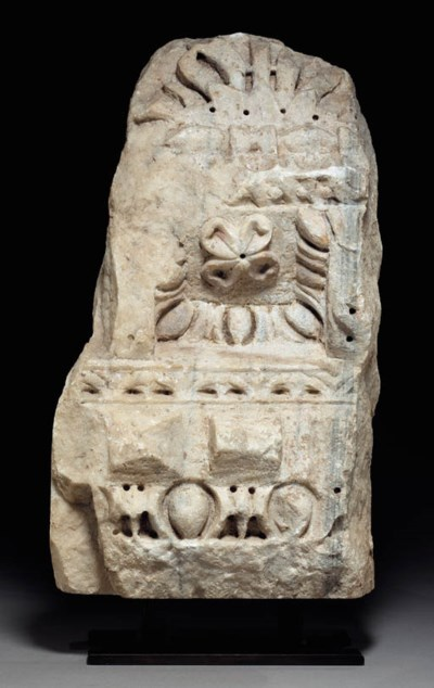 A ROMAN MARBLE ARCHITECTURAL F