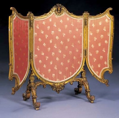 A Louis XV style giltwood fold