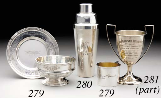 AN AMERICAN SILVER CHILD'S BOWL ON STAND TOGETHER WITH A SILVER CHRISTENING MUG