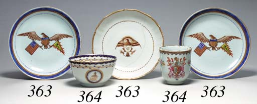 A GROUP OF FIVE CHINESE EXPORT ARMORIAL AND CRESTED TEA ARTICLES