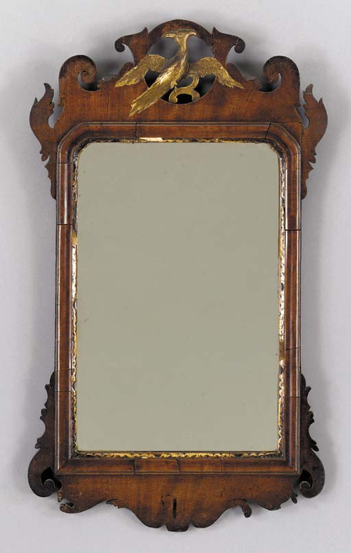 A CHIPPENDALE MAHOGANY LOOKING