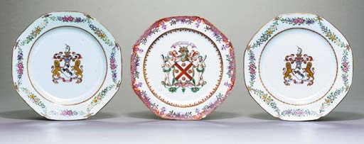 A PAIR OF ARMORIAL PLATES AND