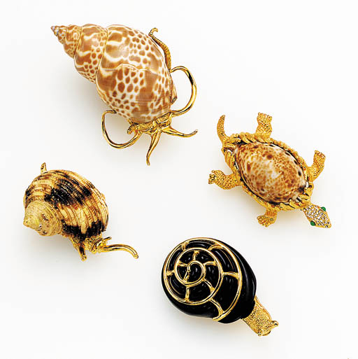A GROUP OF FOUR SHELL AND GILT