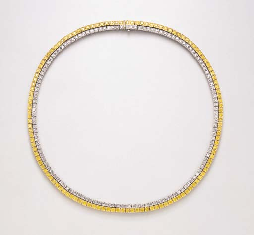 A DIAMOND DOUBLE-LINE NECKLACE