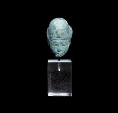 A MINIATURE EGYPTIAN BLUE HEAD
