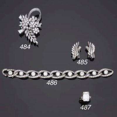 Importante anello con diamante