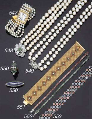 Lunga collana in perle coltiva