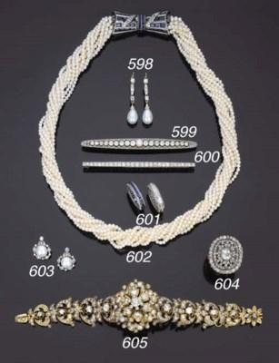 Antico anello con diamante tag