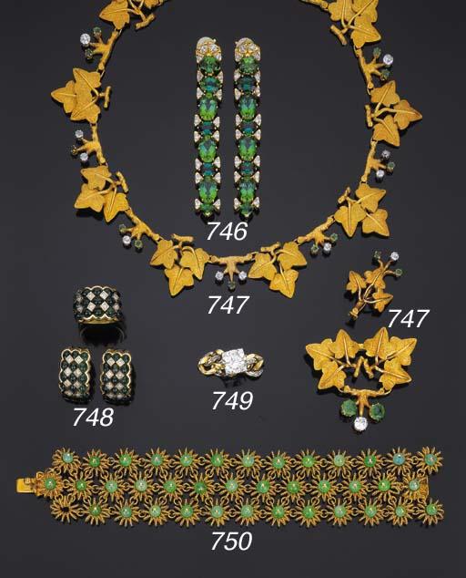 Collana in oro, smeraldi e bri