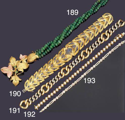 Collana in smeraldi e coralli