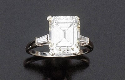 Anello con diamante taglio ott