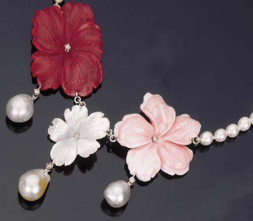 Collana in perle coltivate, corallo e radice di rubino