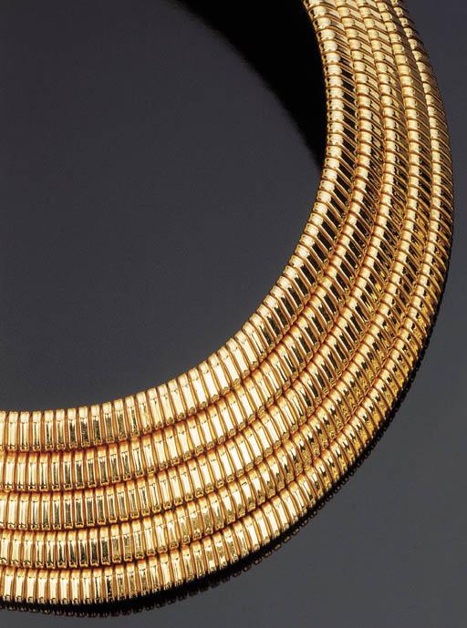 Collier semisnodato in oro, di Carlo Weingrill
