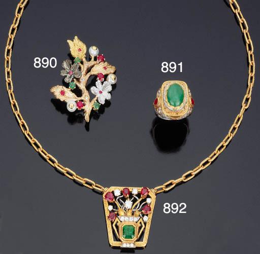 Catena con pendente in rubini, brillanti e smeraldo, di Cazzaniga