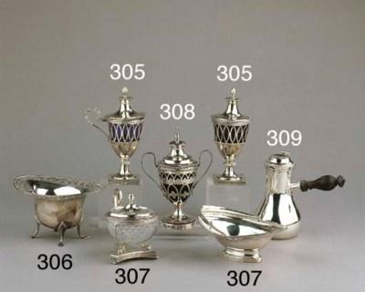 A Dutch silver sugar bowl and