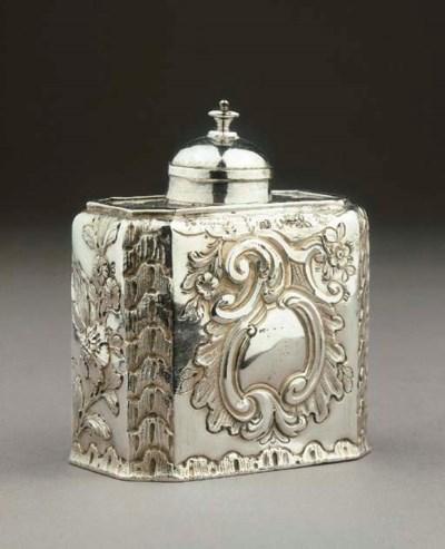 A Dutch silver tea caddy