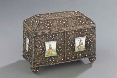 A Dutch silver filigree casket