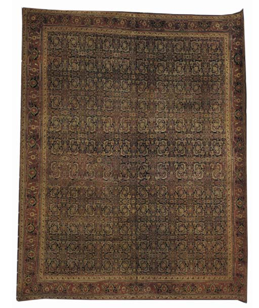 A fine Agra carpet
