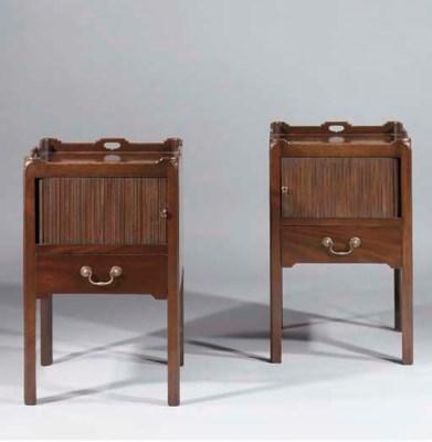 A pair of English mahogany bed