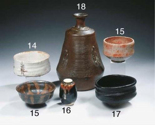 Two glazed teabowls, Chawan