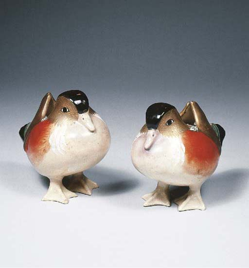 A pair of Satsuma models of du