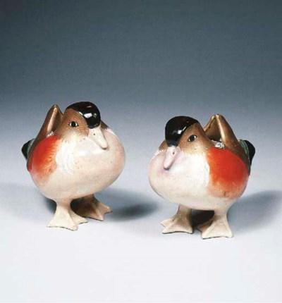 A pair of Satsuma models of du