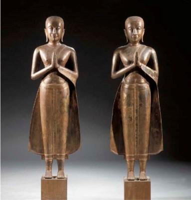 a pair of thai, ratnakosin sty