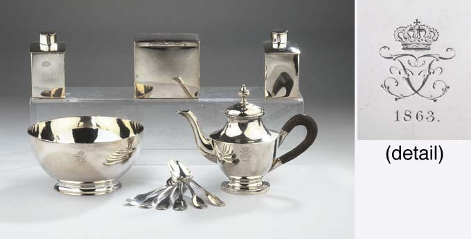 A German silver travelling set