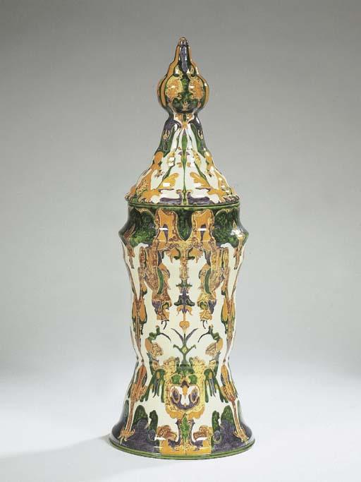 Kracht, a glazed pottery vase