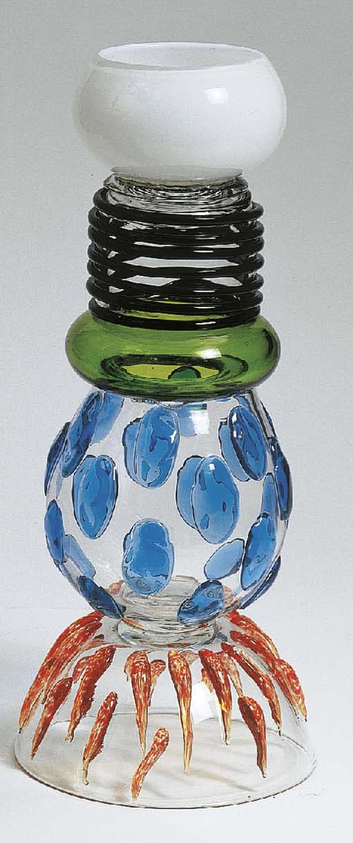 Alcor, a glass vase