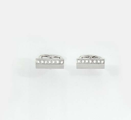 TWO PAIRS OF WHITE GOLD CUFFLI