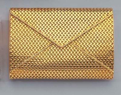 AN 18K GOLD CIGARETTE CASE, LI