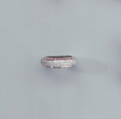 A WHITE GOLD, DIAMOND AND RUBY