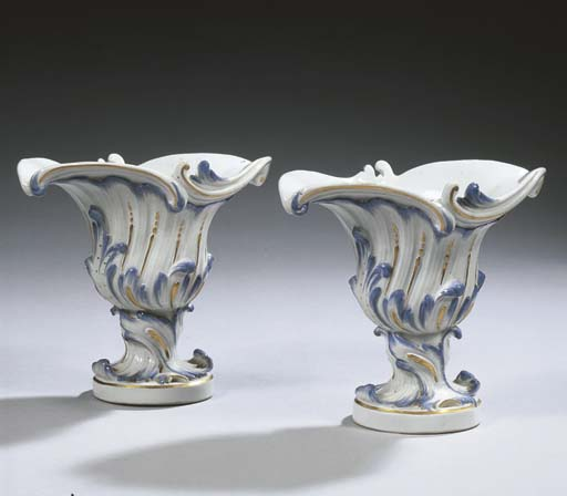 A pair of small Meissen porcel